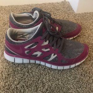 Nike purple lace freedom strength